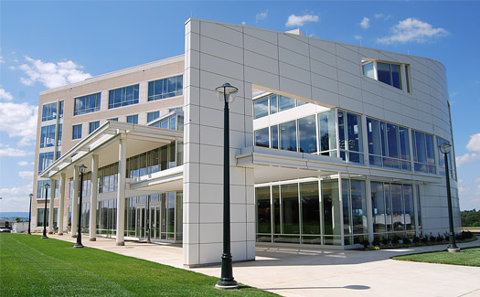 دراسة جدوى مشروع كلية هندسة باستثمار 1.5 مليون دولار