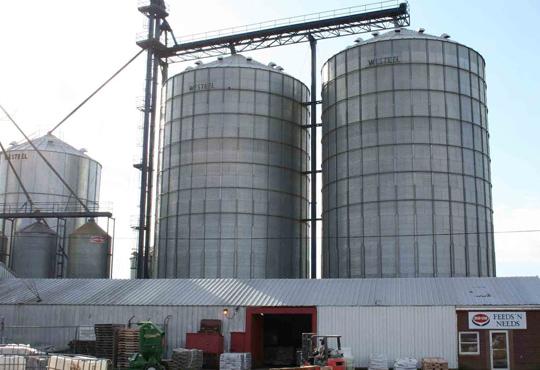 دراسه جدوي مصنع ومزرعة لإنتاج الأعلاف الحيوانية باستثمار 2.850 مليون دولار
