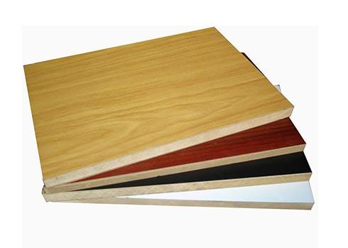 دراسة جدوى مصنع تدوير الأخشاب باستثمار 2 مليون دولار